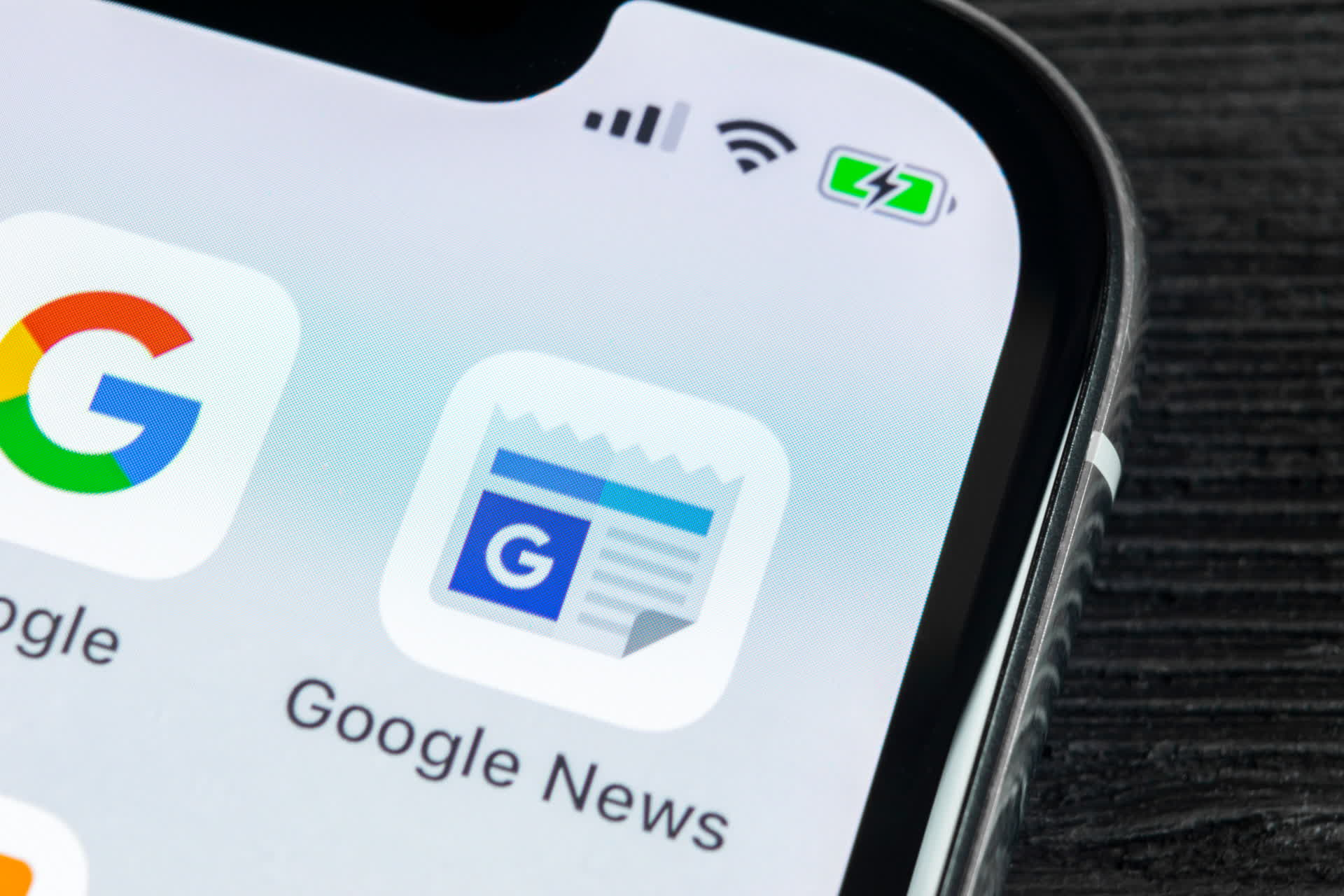 Google will let users bypass select publisher paywalls through Google News