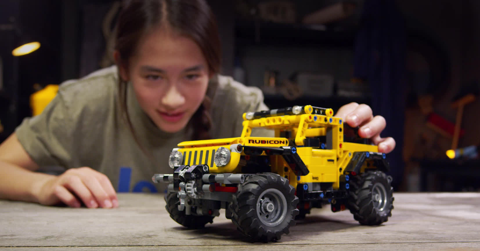 Lego's latest addition to the Technic series is a Jeep Wrangler with articulating suspension and a working winch
