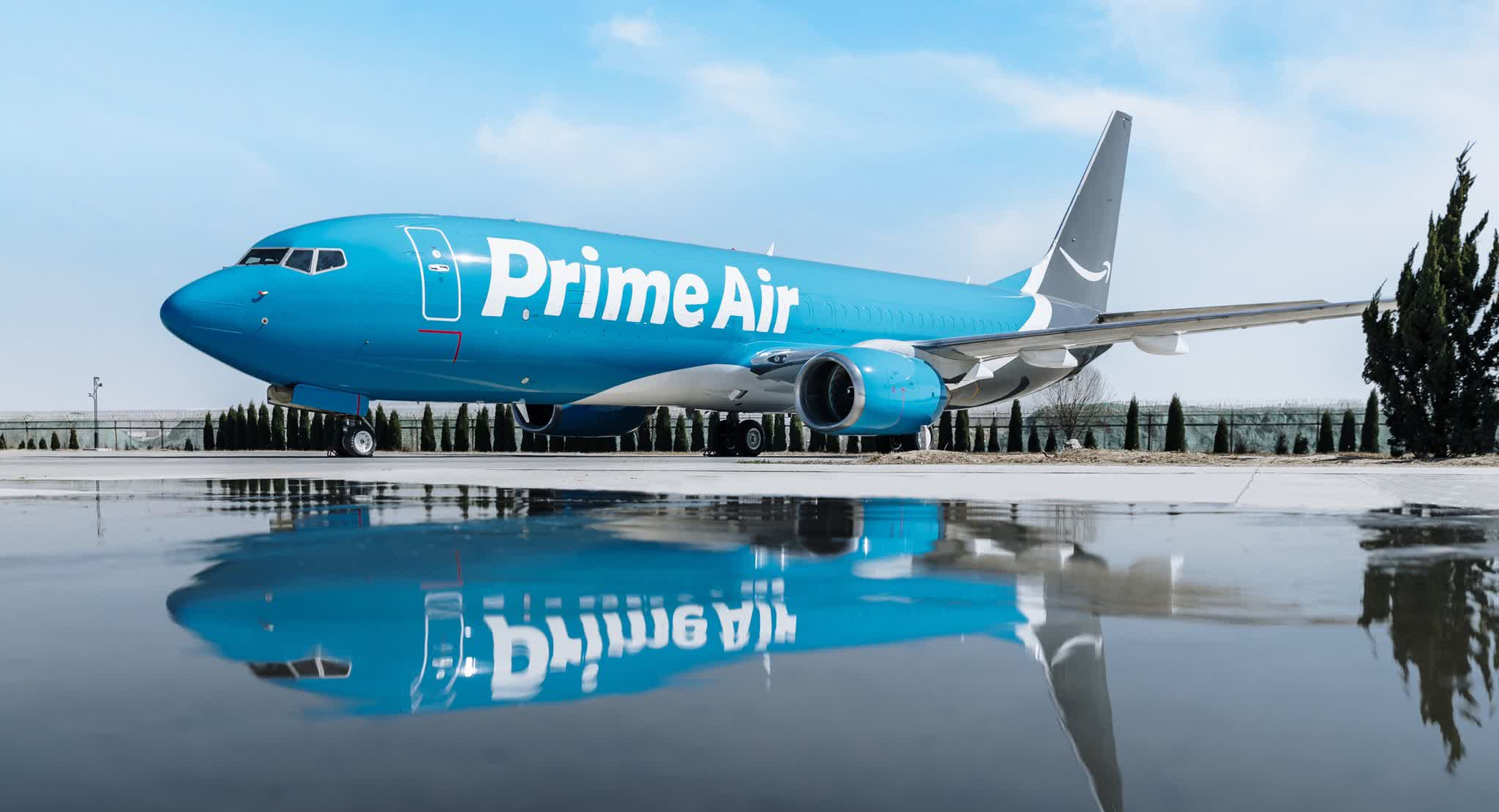 Amazon buys 11 Boeing 767-300 jets to expand air transportation network