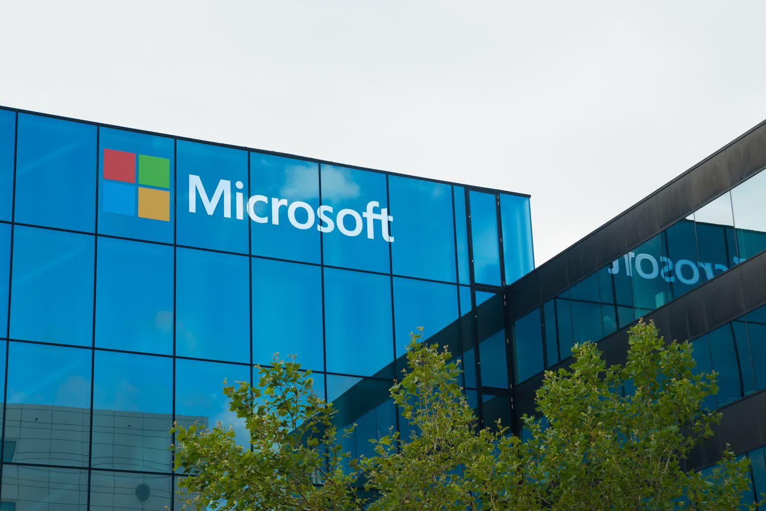 Microsoft's security business made $10 billion in 2020, growing 40% YoY