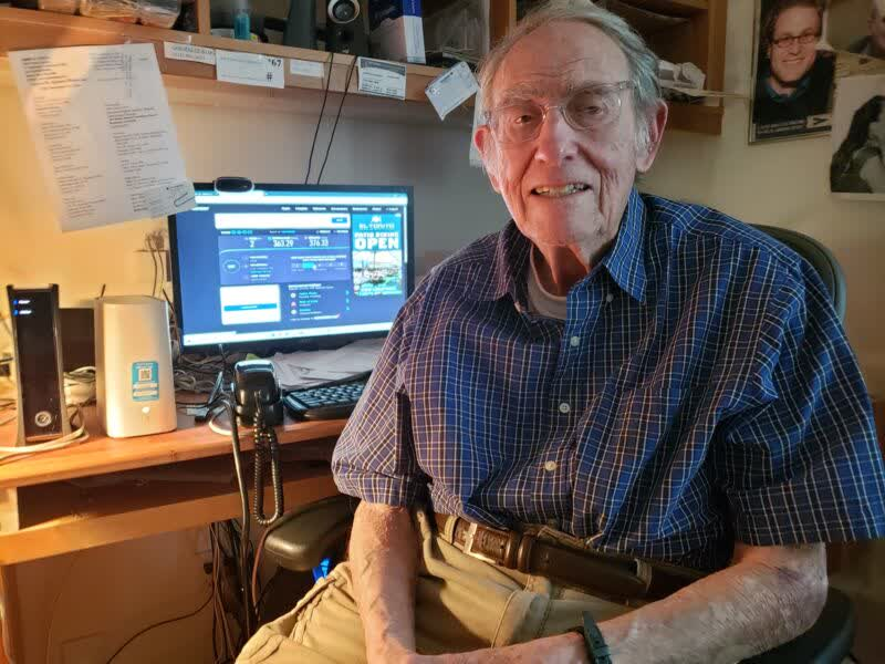 AT&T rushes to install fiber after 90-year-old's WSJ open letter goes viral