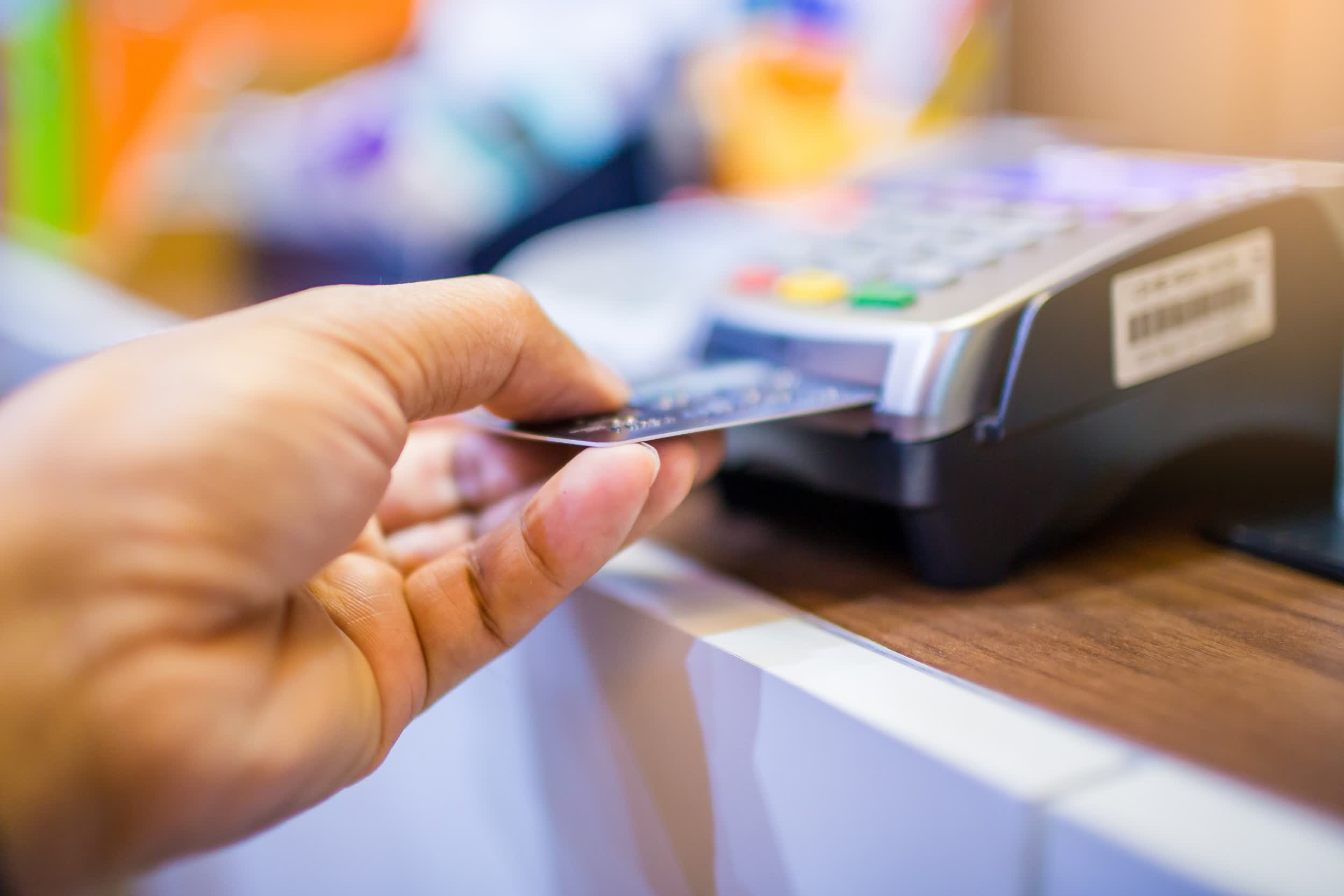 Samsung and Mastercard team up to create a payment card with a built-in fingerprint reader