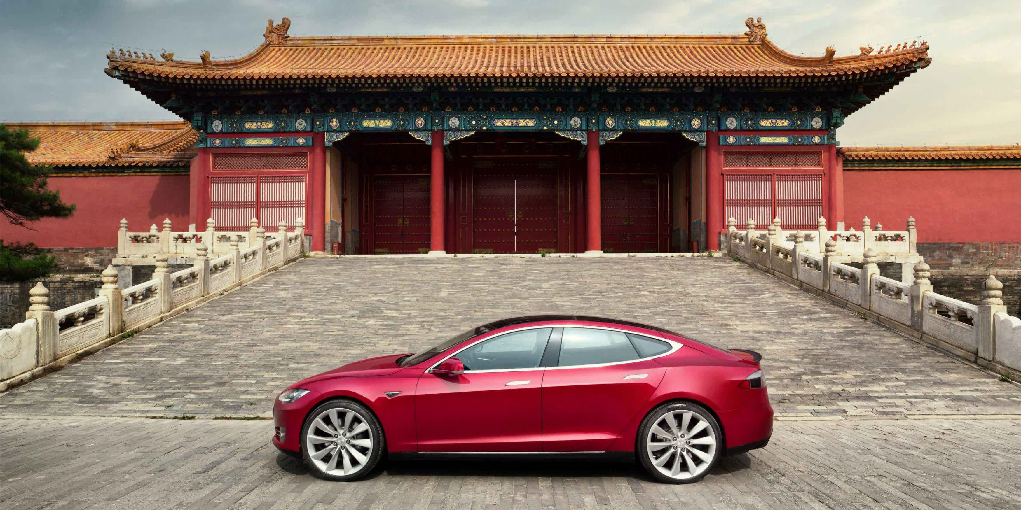 China suspects Tesla vehicles of spying, restricts use by military and state employees