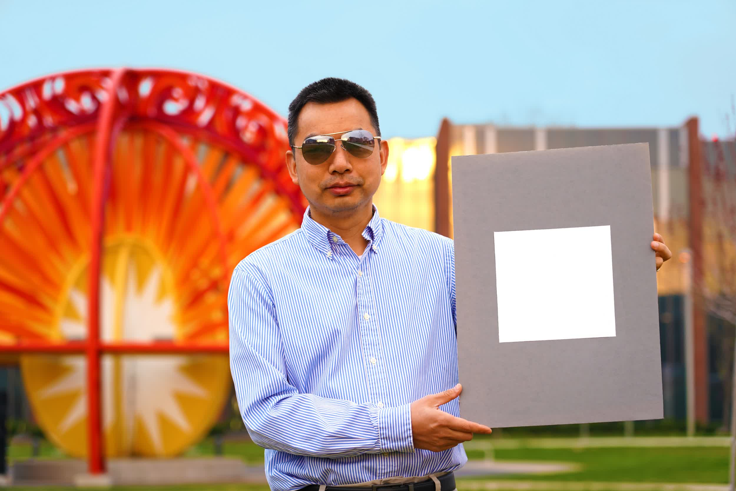 Purdue researchers develop a very white paint that could one day be used to cool buildings