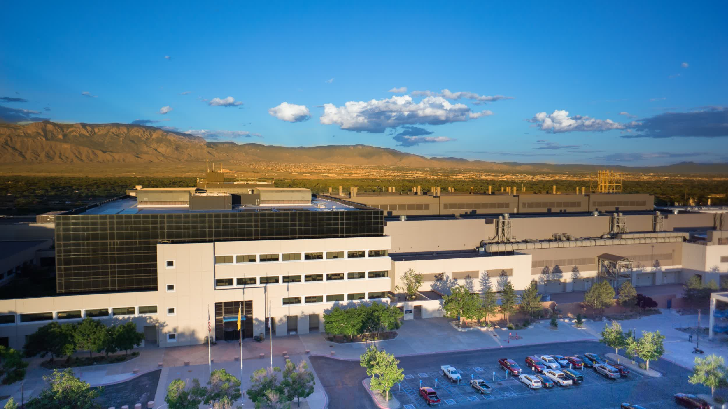 Intel is spending $3.5 billion to upgrade its New Mexico fab thumbnail