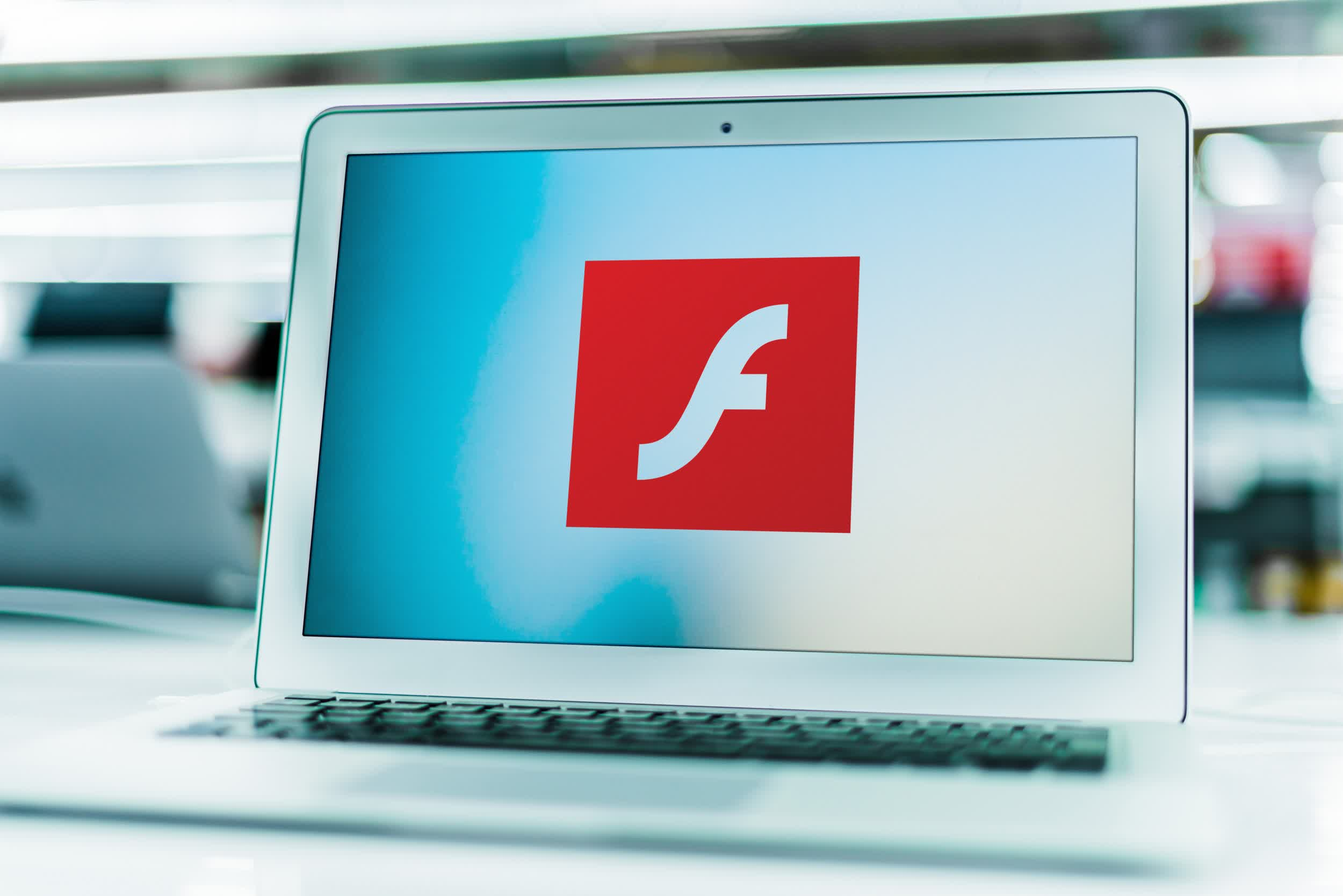 Microsoft will fully remove Adobe Flash from Windows 10 in July