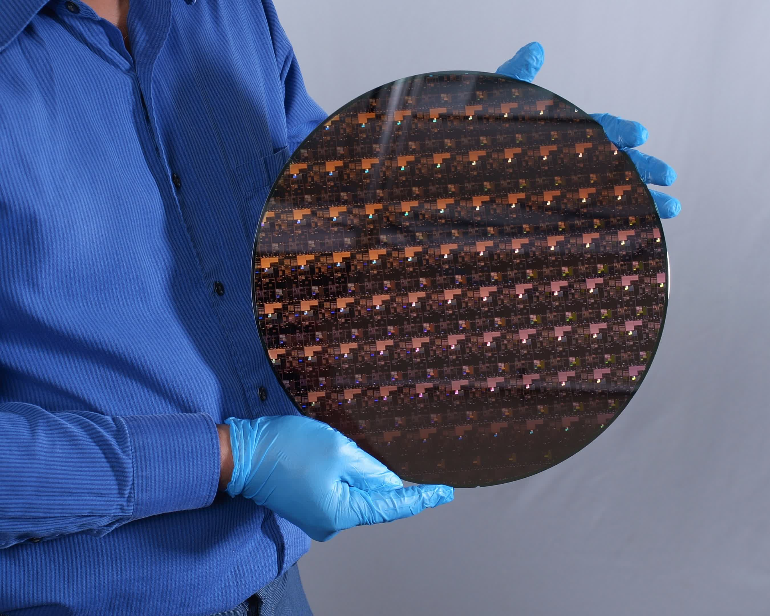 IBM's new 2nm design can pack over 50 billion transistors onto a chip the size of a fingernail