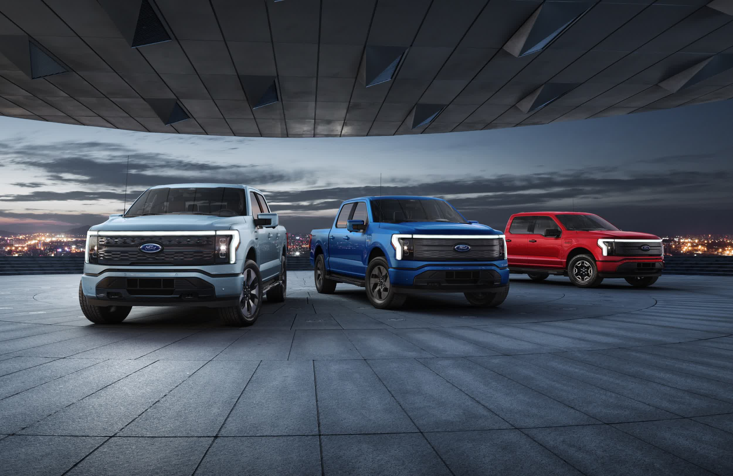 This is the Ford F-150 Lightning: 300 miles of range, 563 horsepower and 775 lb-ft of torque