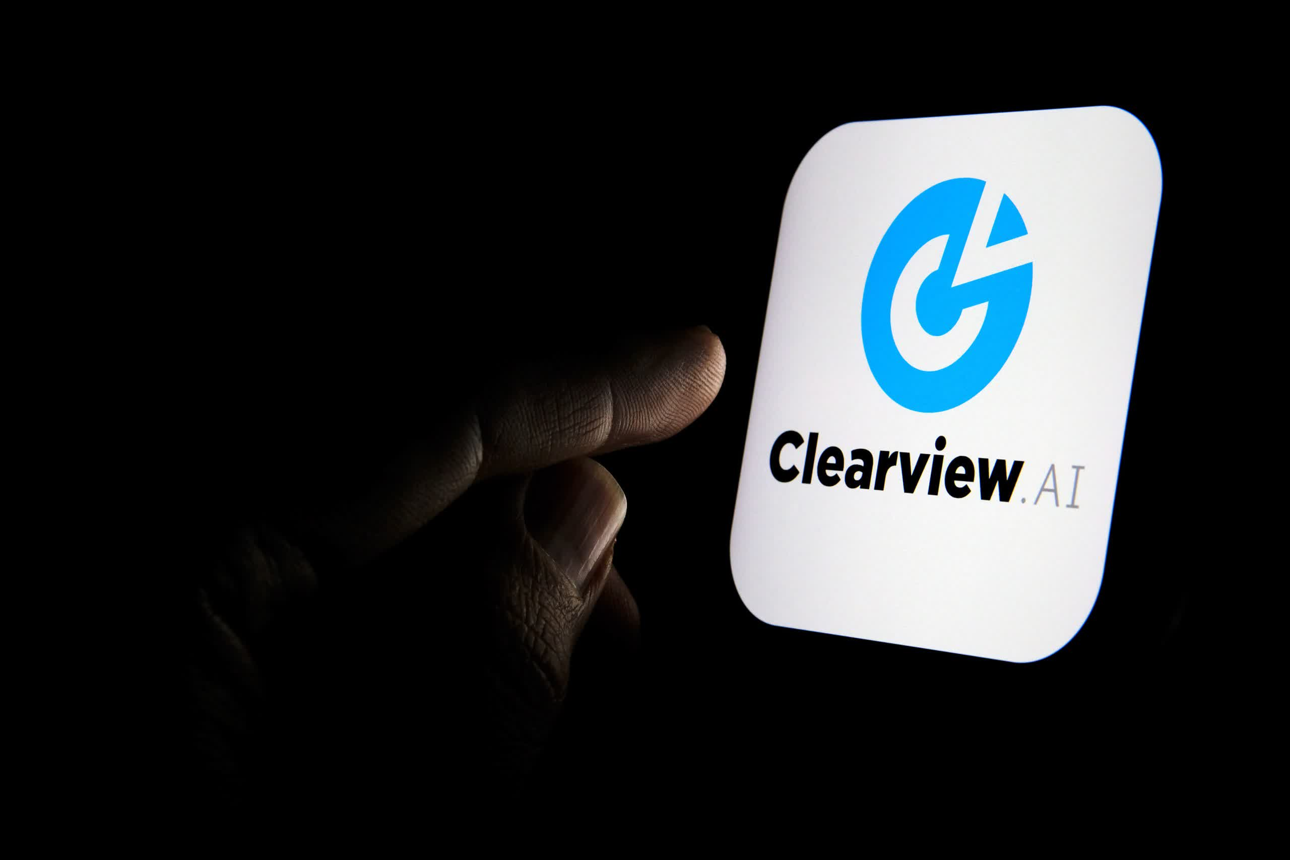 Privacy watchdogs take legal action against Clearview AI in five countries