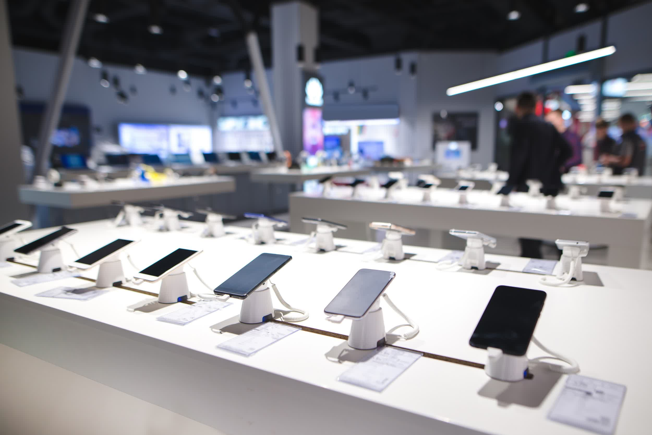Smartphone sales are returning to normal as we enter the post-pandemic era