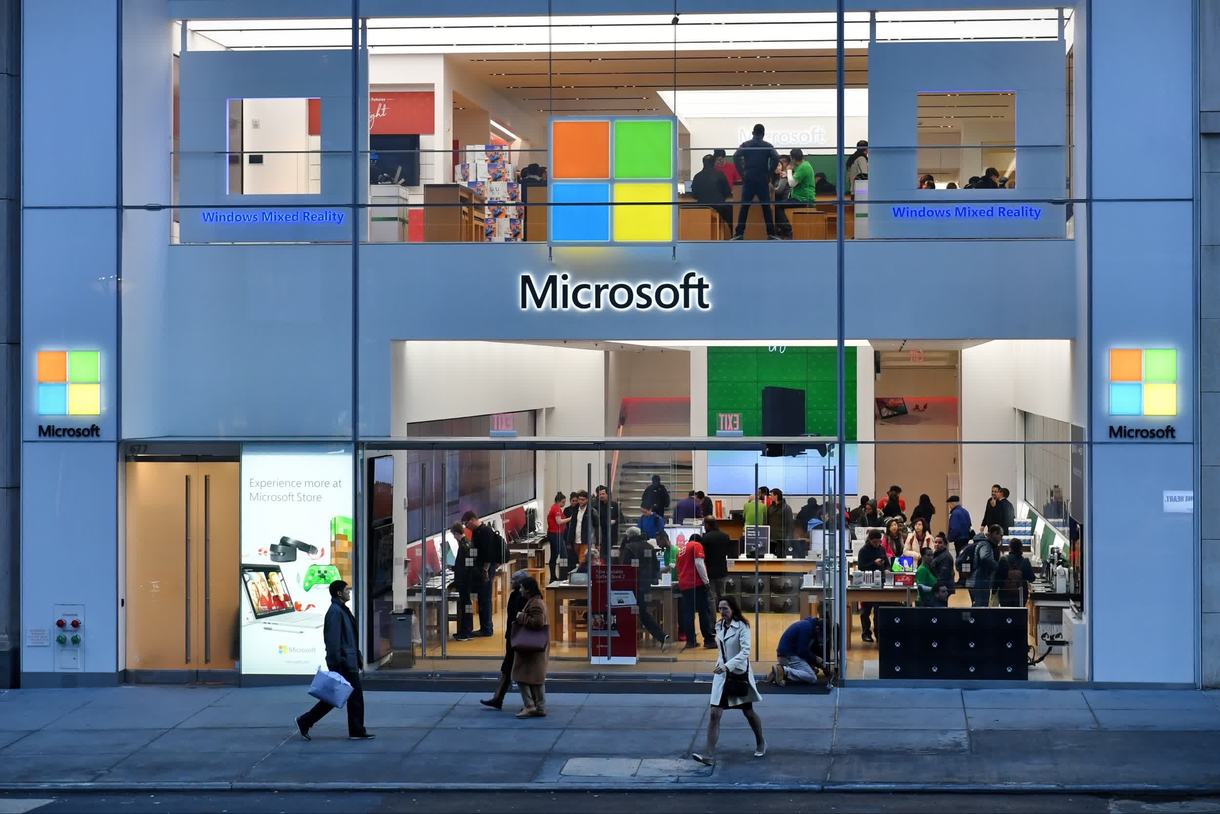 Microsoft is quietly getting back into retail sales