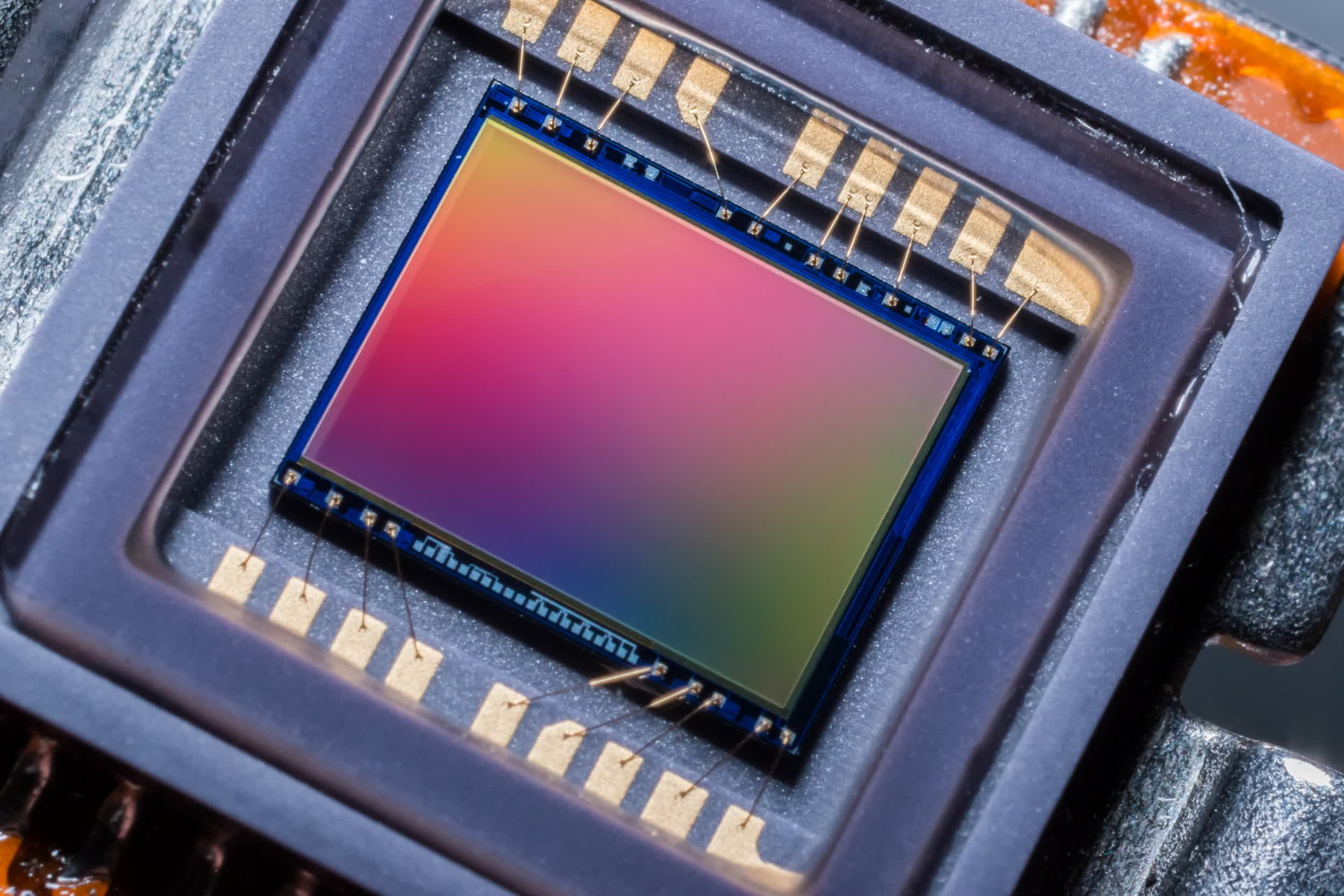 Samsung made a new 50-megapixel image sensor with the smallest pixels yet