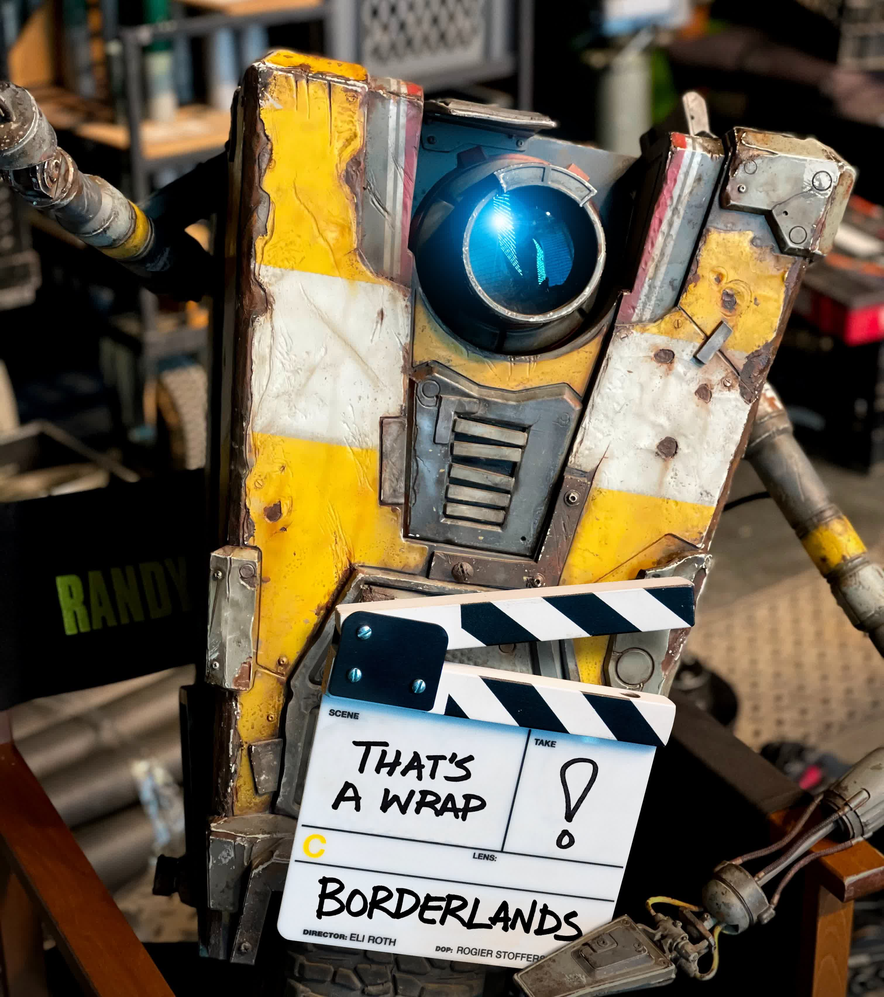 Borderlands movie wraps filming as we get our first look at Claptrap