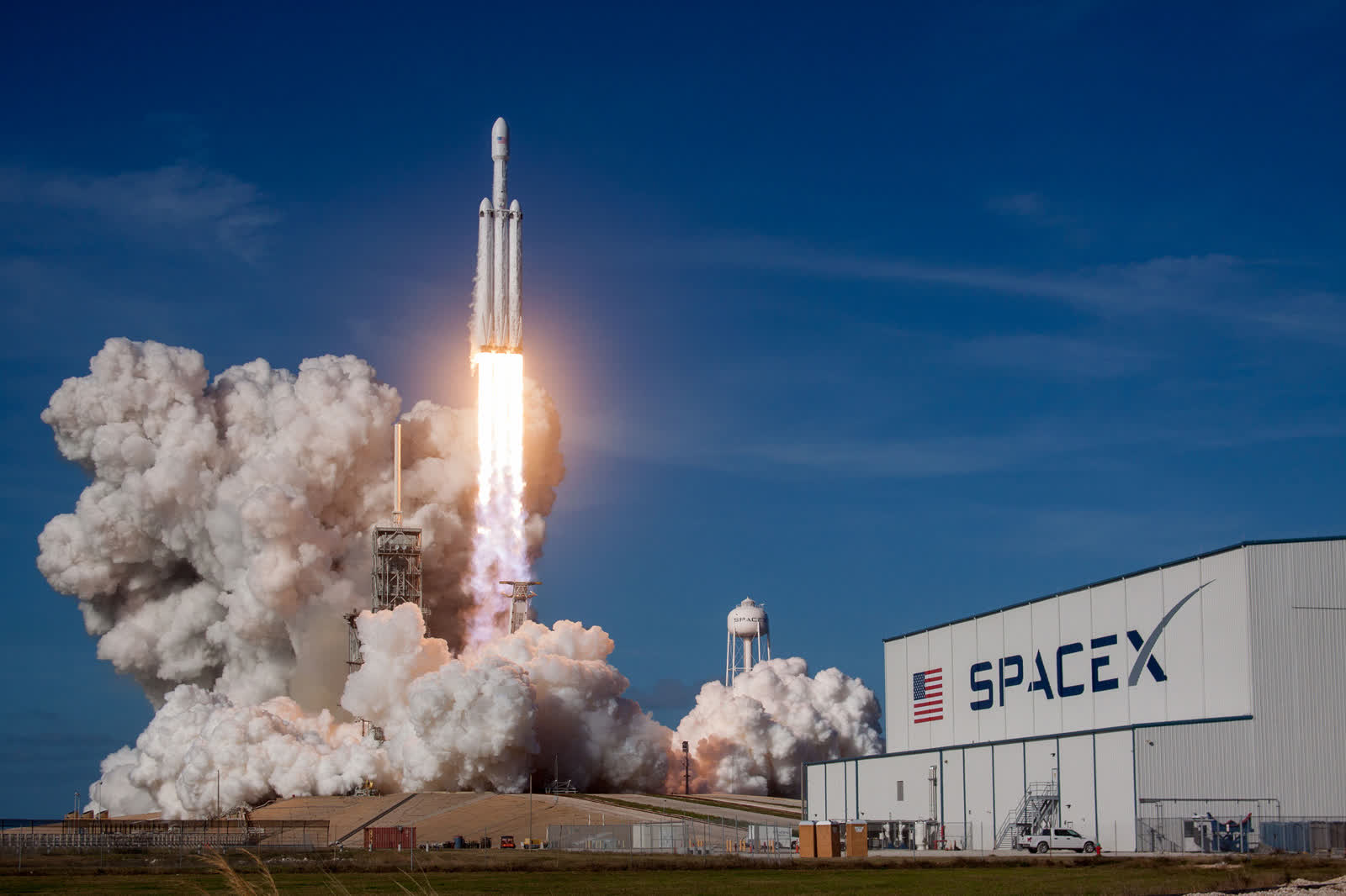 SpaceX plans to offer global Starlink coverage by September