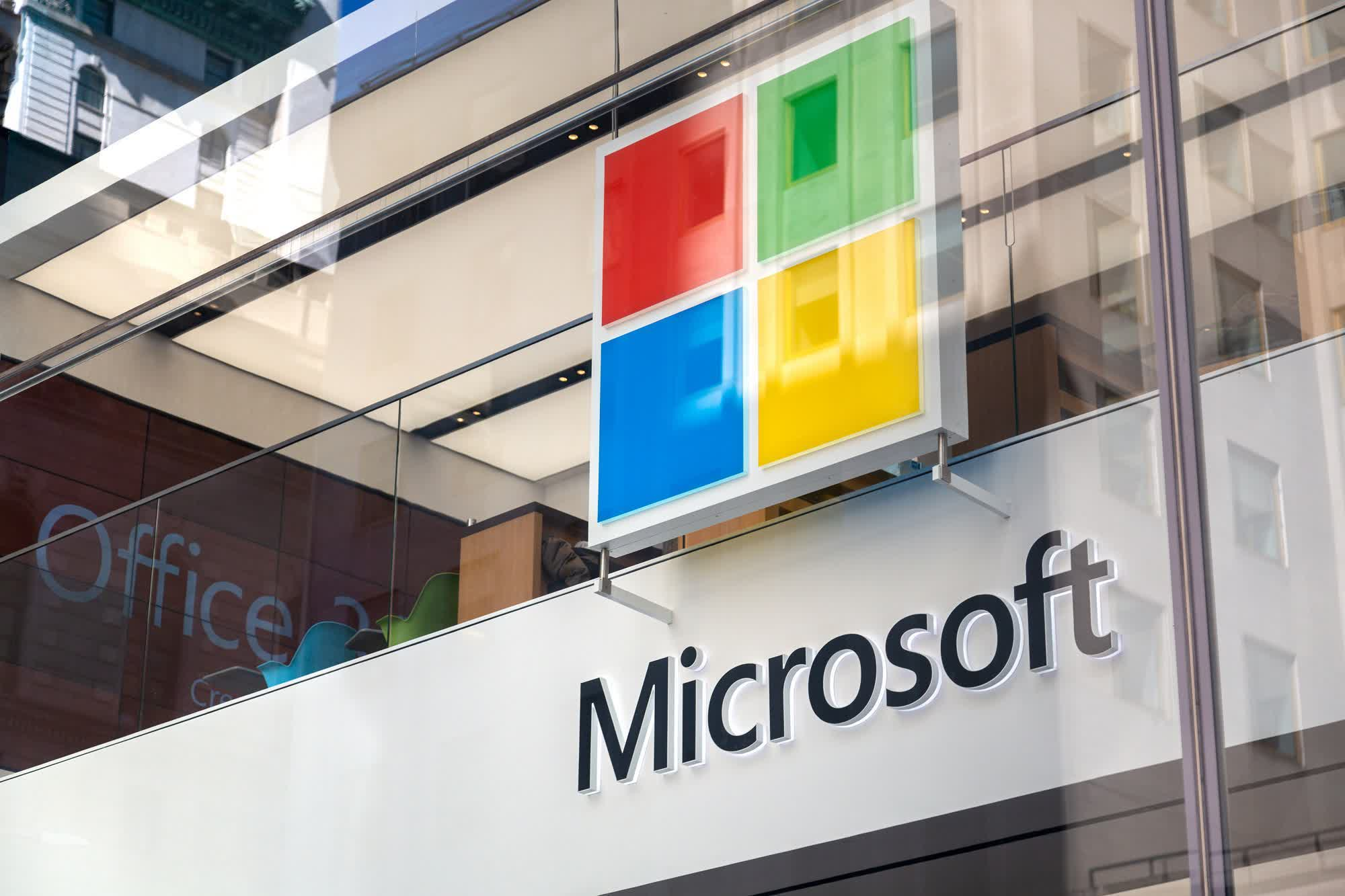 Microsoft commits to support