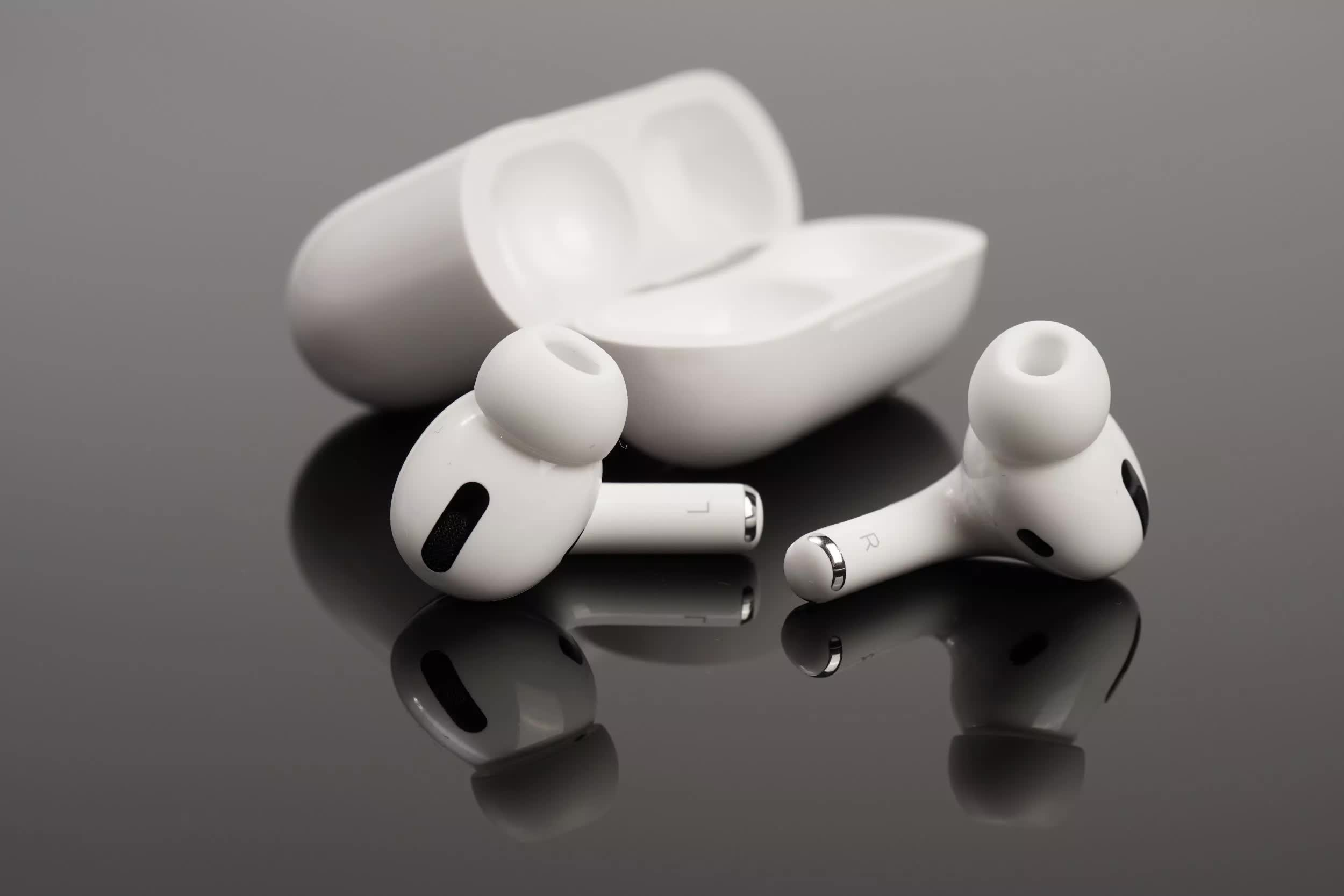 U.S. customs has seized over 360,000 fake AirPods in 2021 alone