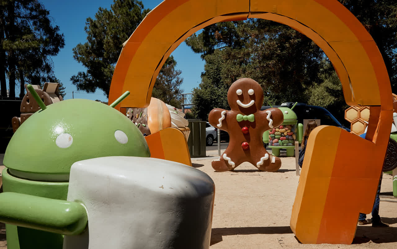 Google is ending sign-in support for Android Gingerbread and older devices next month
