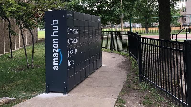 Amazon removes awkwardly placed Hub lockers from Chicago parks following public complaints, petition