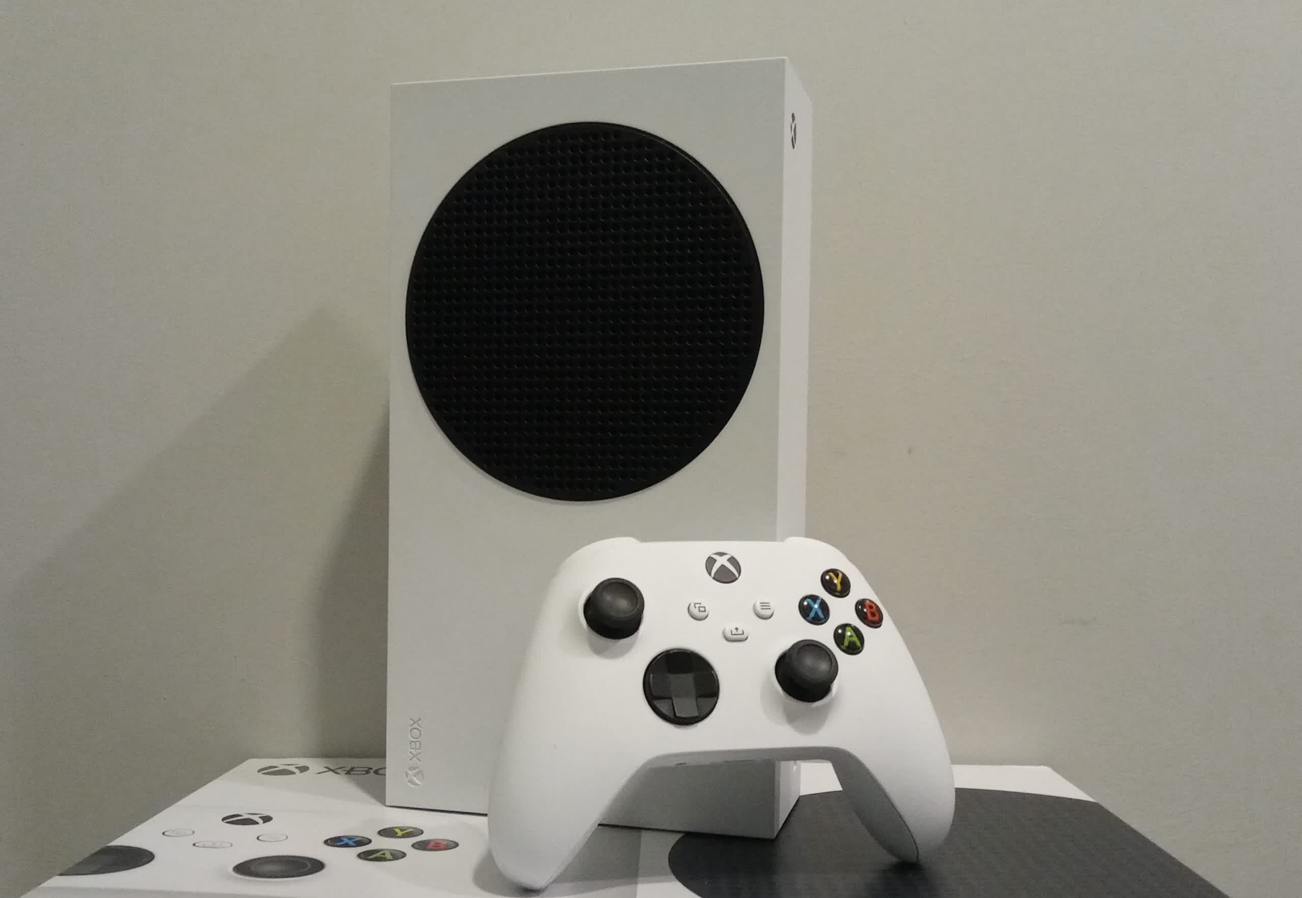 Android app support might come to Xbox consoles (update: it's not)
