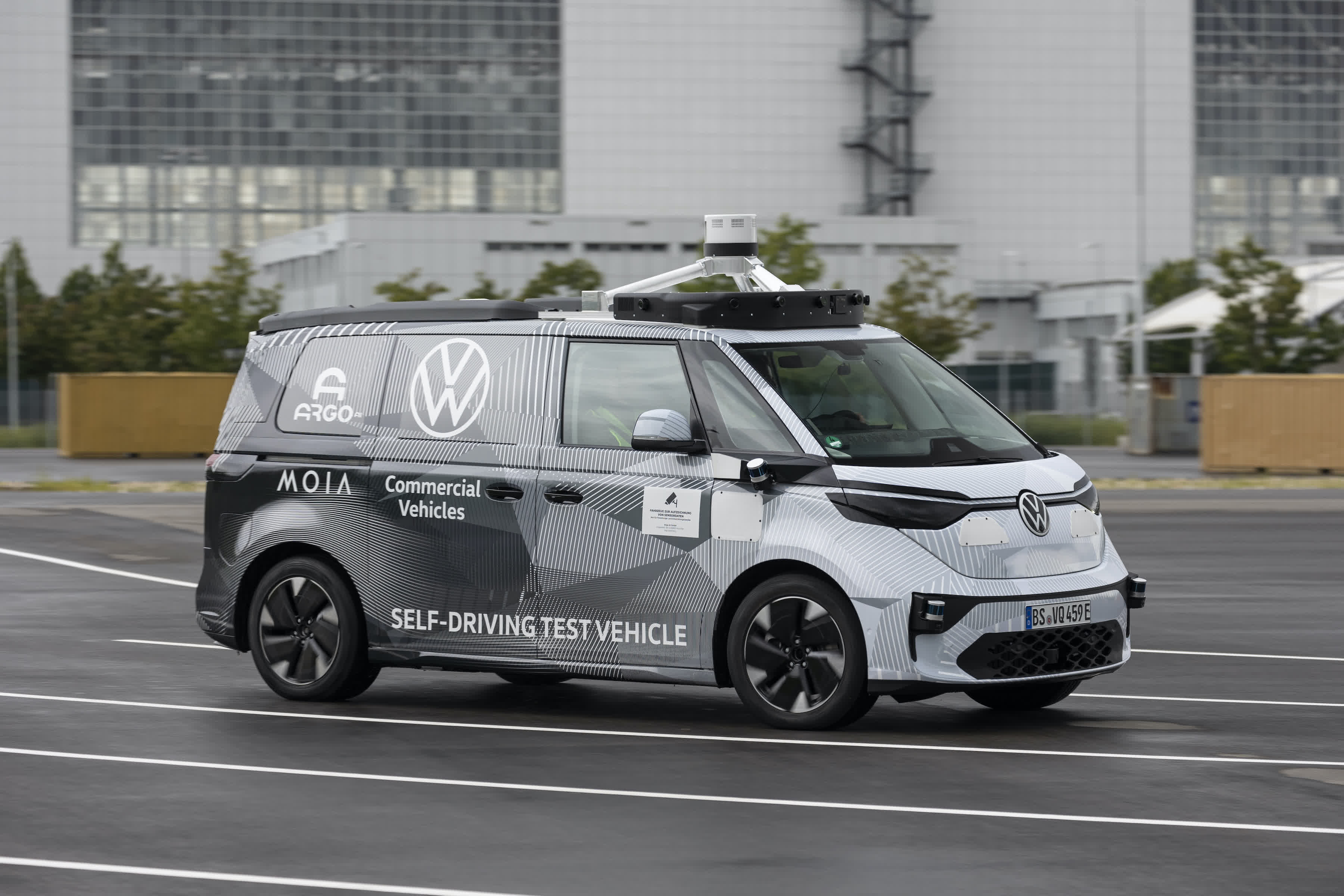 Argo AI and Volkswagen show off self-driving vehicle