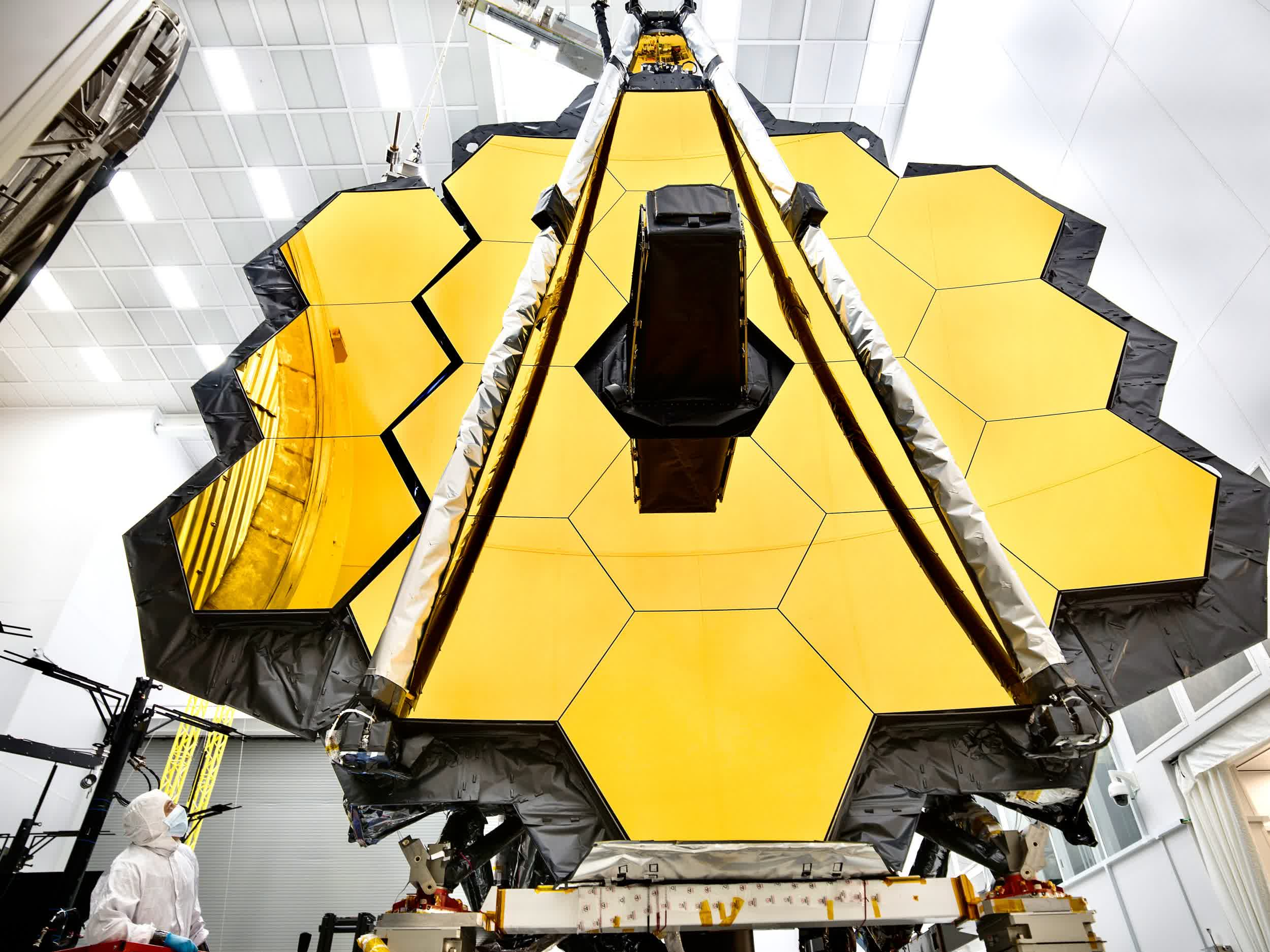 NASA sets a new launch date of December 18 for the James Webb Space Telescope