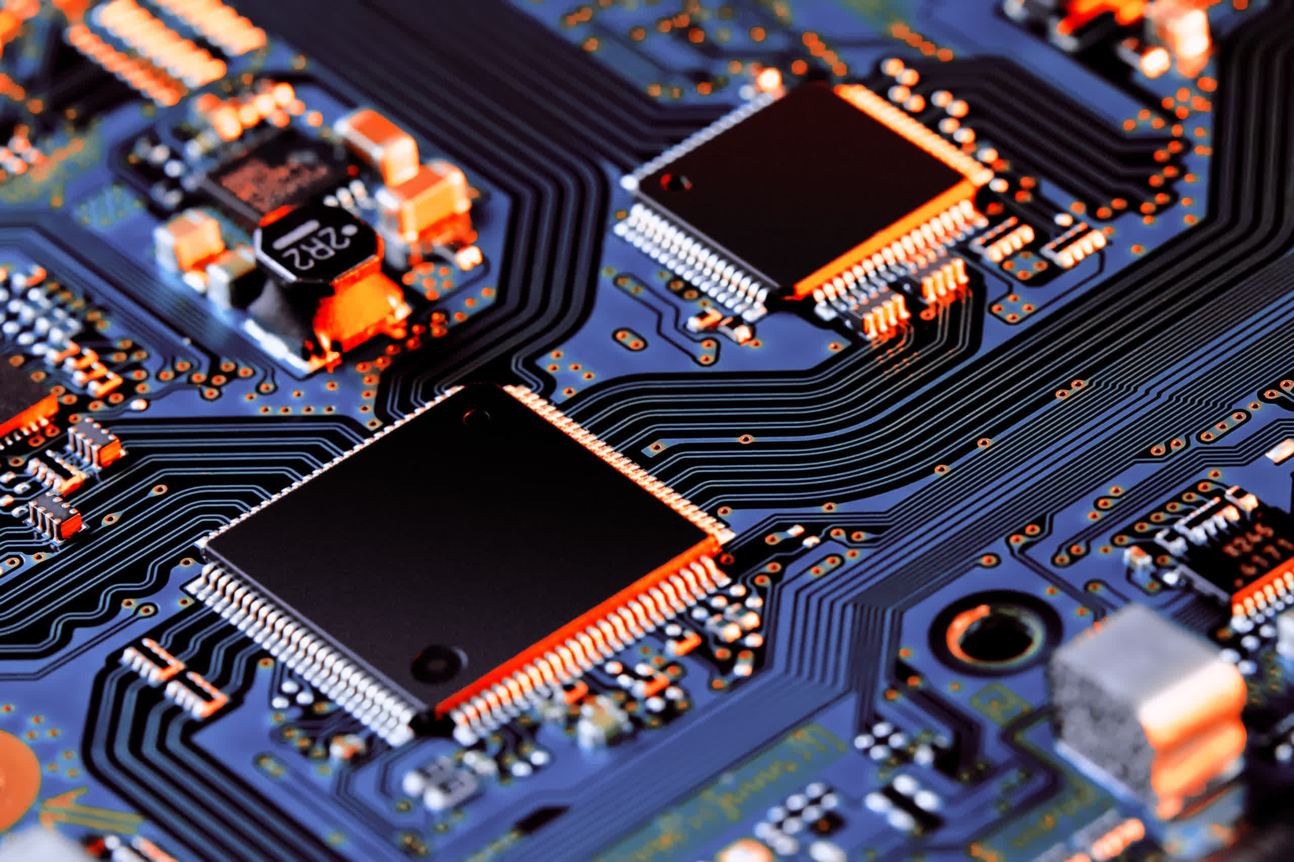 Semiconductor market shortage expected to end by mid-2022