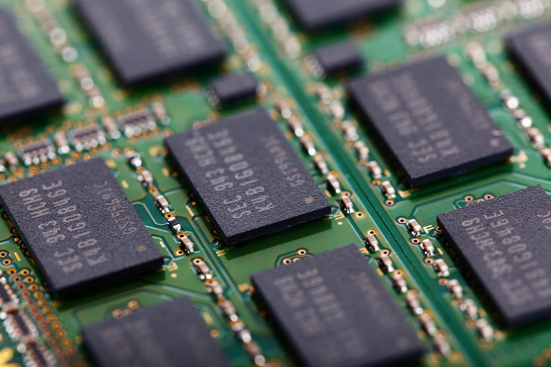 DRAM prices are expected to fall in the coming months due to oversupply