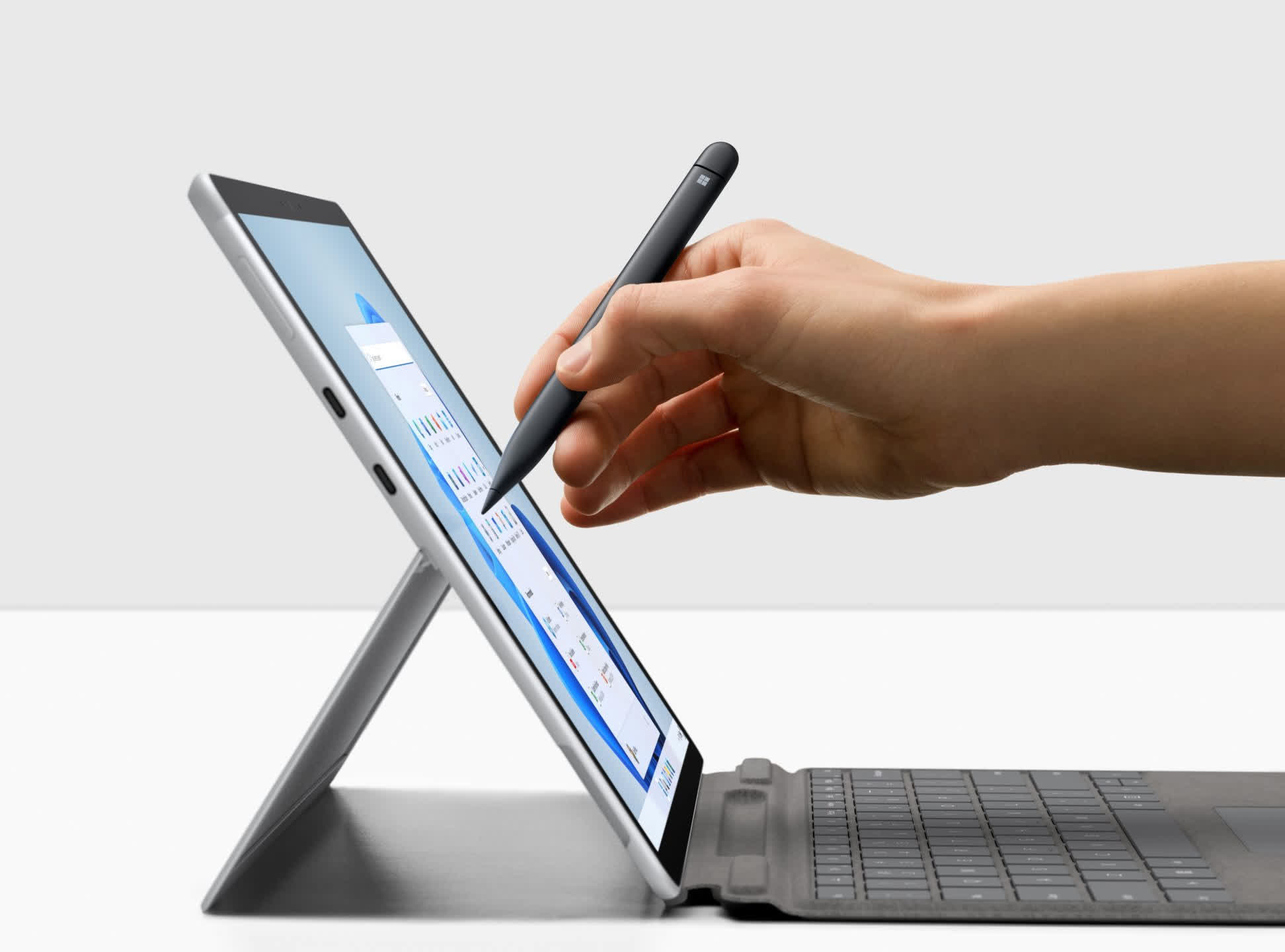 New Microsoft Surface devices and HP PCs show off ongoing PC innovation