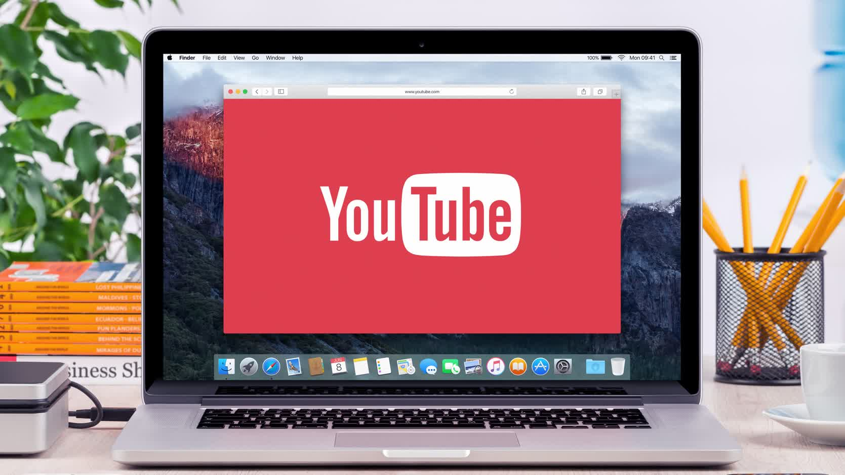 YouTube is letting Premium subscribers experiment with downloading videos on desktop