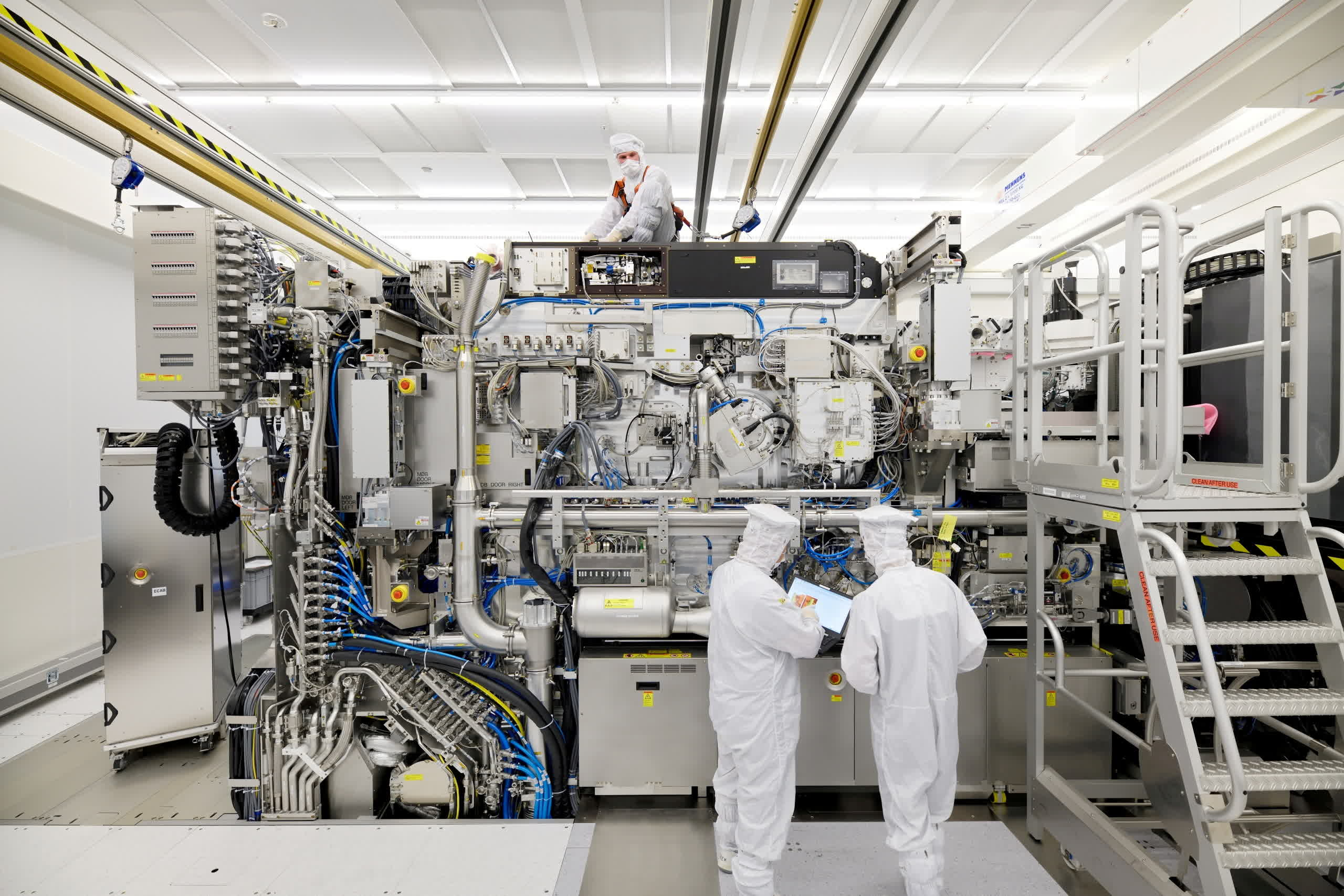 Chipmakers and electronics manufacturers can't find enough skilled workers