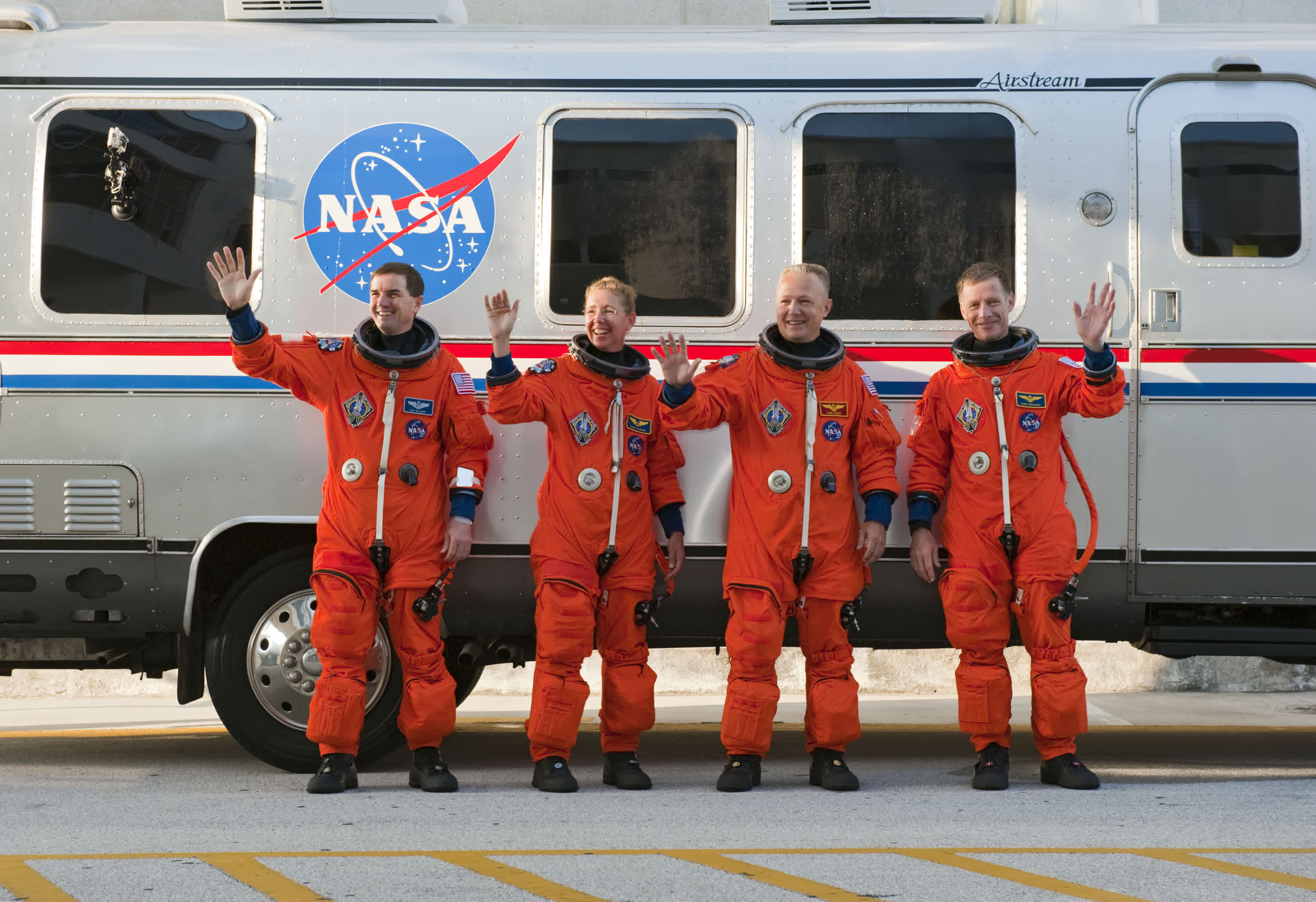 NASA wants you to design a bus for Artemis astronauts