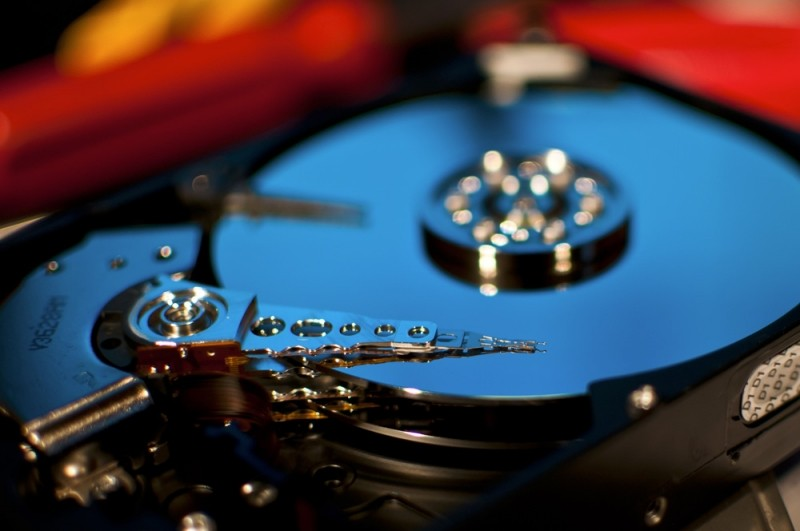 HGST crams 10 TB into helium-filled datacenter hard drive