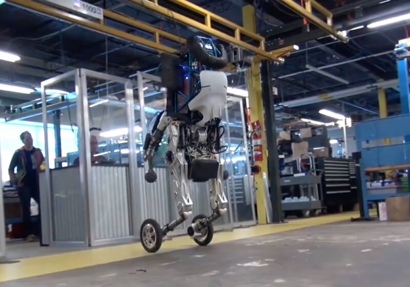 """Boston Dynamics officially unveils Handle, its """"nightmare-inducing"""" wheeled robot"""