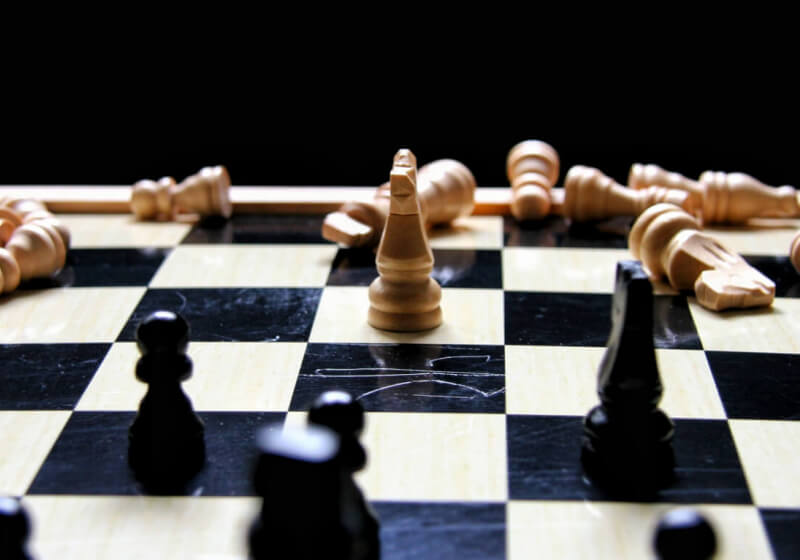 DeepMind AI teaches itself chess from scratch in four hours, proceeds to beat previous champion