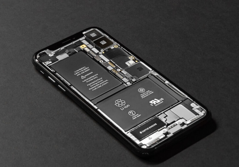 iPhone 13 could see big efficiency gains from new battery and display tech