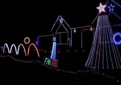 Ever Wondered How Those Computer-Controlled Christmas Light Displays Work?