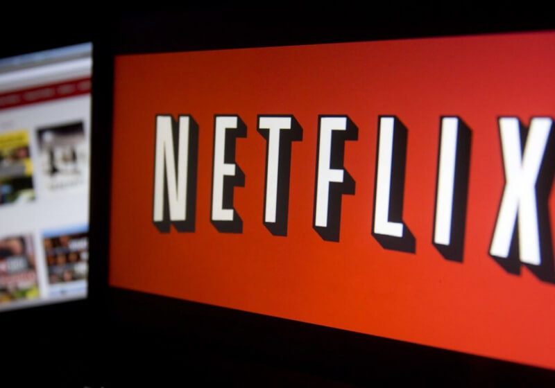 Netflix testing discounted price plans for those who subscribe long-term