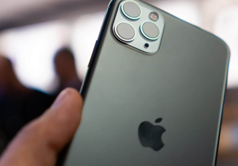 Apple loses two veteran executives from manufacturing and iPhone operations